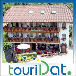 Traum-Tage-3-Hotel-Doettelbacher-Muehle-Bad-Peterstal-Griesbach-im-Schwarzwald