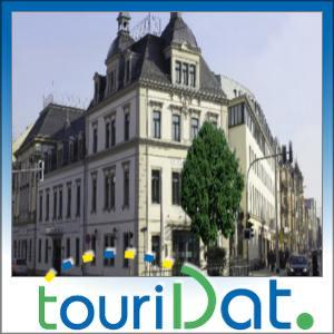 Staedtereise-Kurz-Urlaub-Dresden-im-4-Sterne-Dormero-Hotel-Koenigshof-2UN-2P